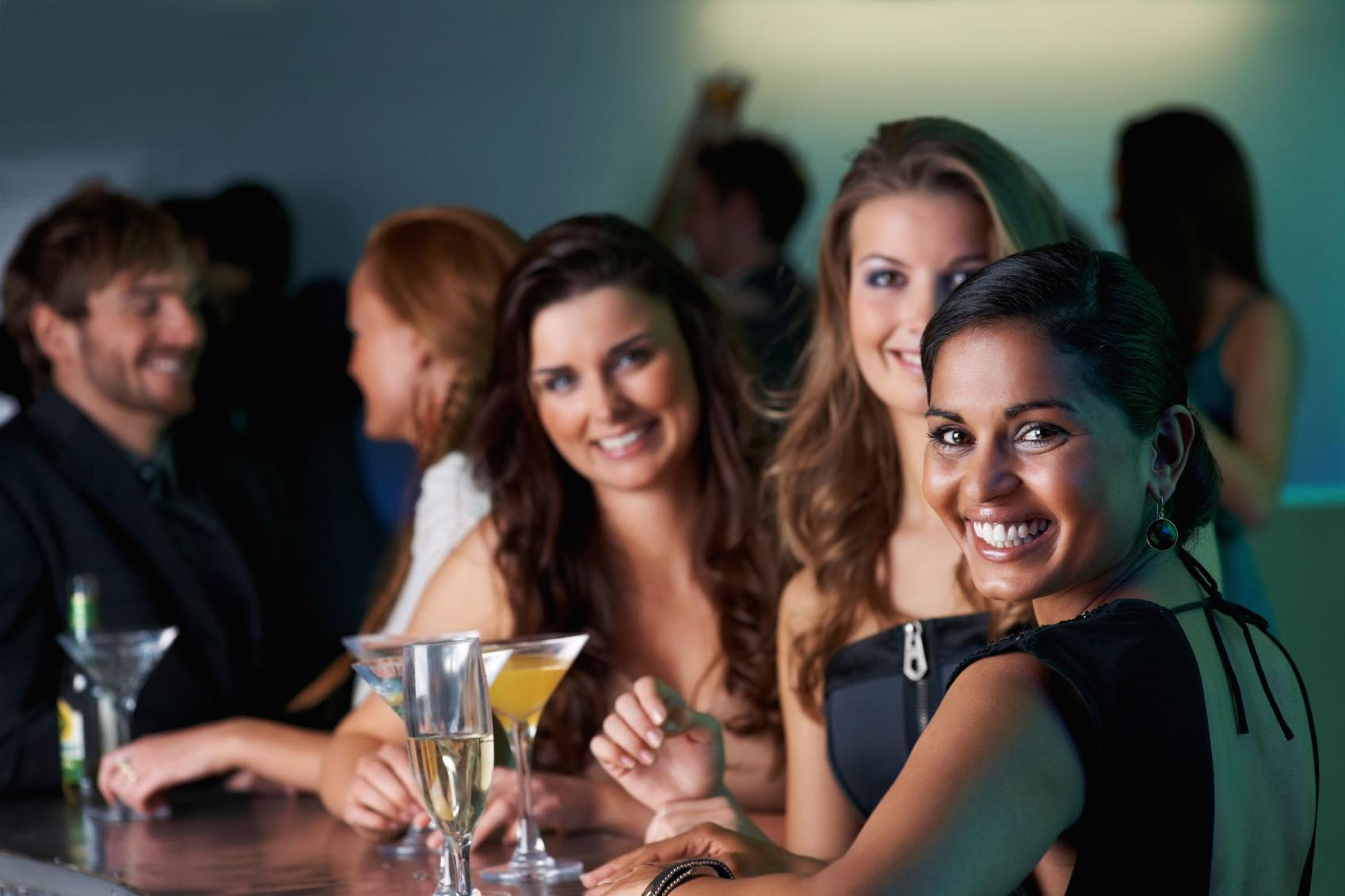 speed dating group games While going for a speed dating game, make sure to be armed with the right questions those who need help can go through the list of best questions for speed dating.